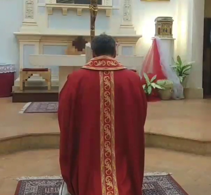 Registrazione della S.Messa del venerdì Santo a Villa Pitignano del 10 aprile 2020